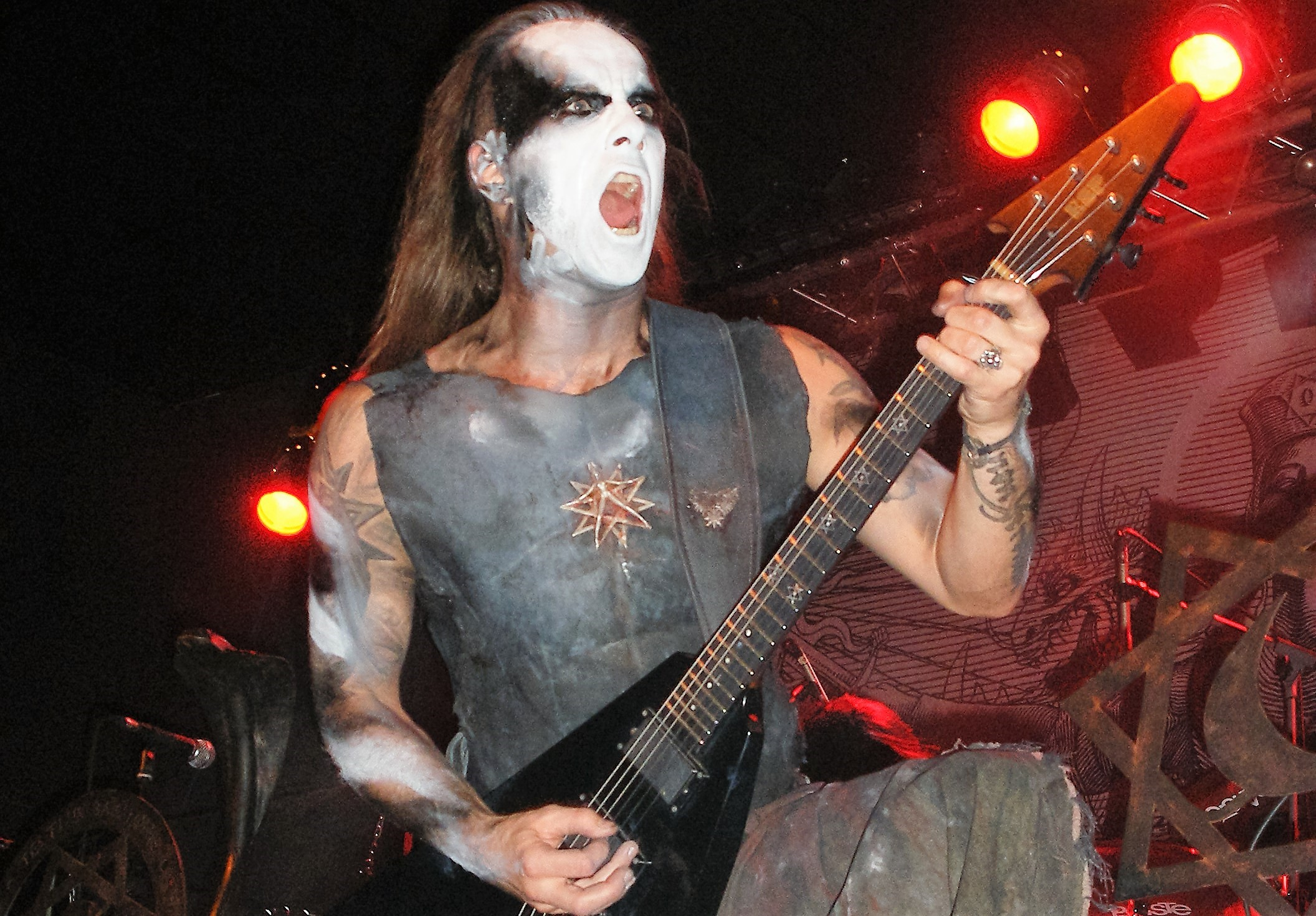 Crónica concierto Behemoth (27-10-2016) Razzmatazz 1- Barcelona