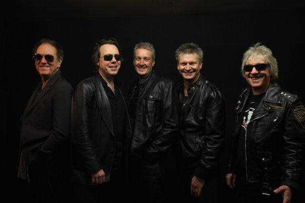 Los británicos FM actuarán en Barcelona y Madrid
