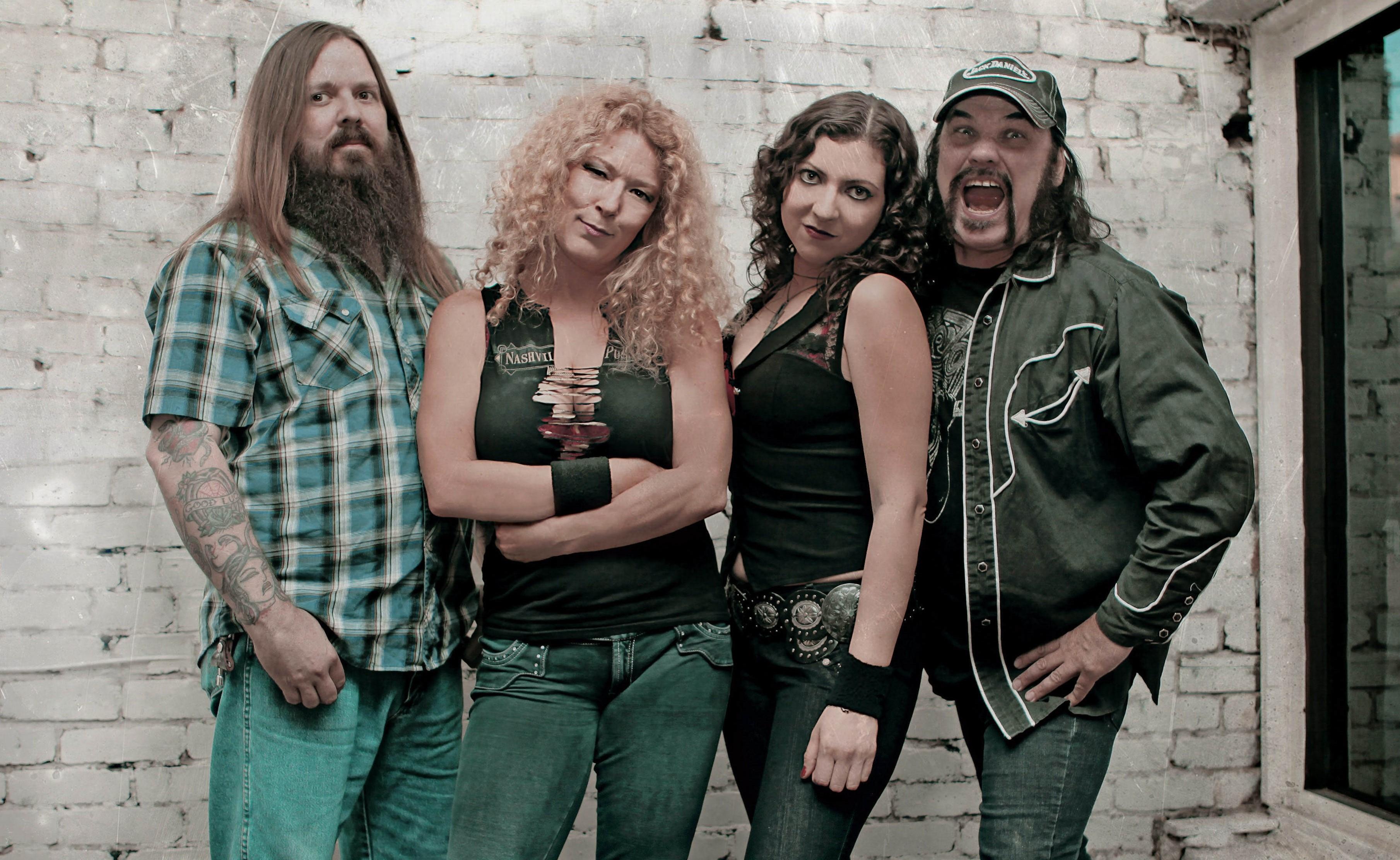 Conciertos de Nashville Pussy en Gernika y Piedras Blancas